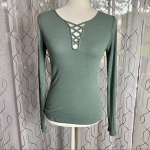 Aero Seriously Soft Lace Up Long Sleeve Tee M